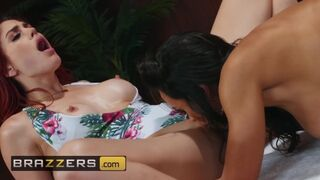 Brazzers - MILF Lisa Ann Sissors Molly Stewart in the Sauna